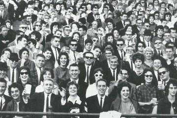 1961-homecoming-crowd
